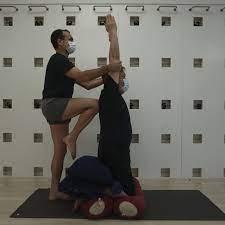 iyengar yoga to banish knee