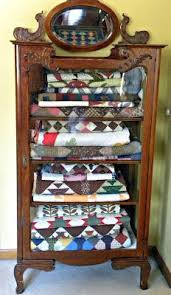526 best Quilt Racks images on Pinterest | Shops, Colors and Live & Persnickety Quilts: Quilt Storage Adamdwight.com