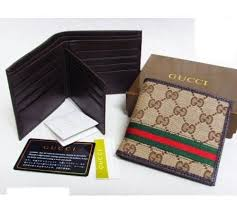 gucci mens wallet. stunning and stylish gucci mens wallet item is as per picture with full original packaging.