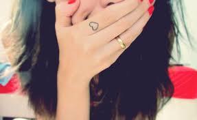 Cute Love Tattoo On Finger For Girls Tattooshuntcom