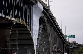 oregon department of transportation officials say they may change how contractors are vetted after learning that bridge painting firm abhe svoboda was