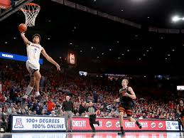 Arizona Wildcats' Josh Green makes his ...