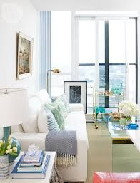 decorating your condo on a tight budget