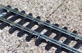 basic plan national model railroad association rail of a model railroad the very best way is to er the feeder wire to the outside of the rail as this makes the most positive electrical
