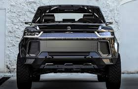Atlis XT Pickup: Race to Launch First All-Electric American Truck ...