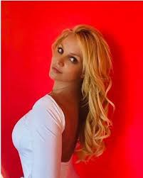 Самые новые твиты от britney spears (@britneyspears): Britney Spears Lashes Out At Cruel Fans Mean Comments In Emotional Instagram Post