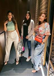 Luna maya (lahir di denpasar, bali, 26 agustus 1983; Luna Maya Height Weight Age Boyfriend Family Facts Biography