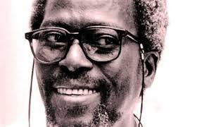 Le réalisateur sénégalais Djibril Diop Mambety. - Clap sur Dakar loin des calebasses, les 22 et 23 novembre 2013 au Cinéma Le Nouveau Latina. - djibril_diop_mambety