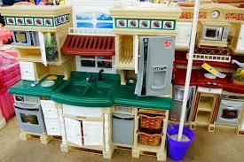 kids plastic play kitchen ideas