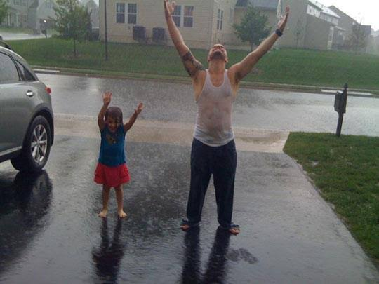 funny pictures people rain