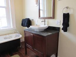 new decor to vinatage home bathroom