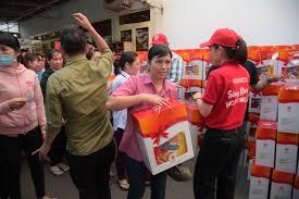 Công ty bánh kẹo Hải Hà tổ chức tặng quà Tết cho người lao động