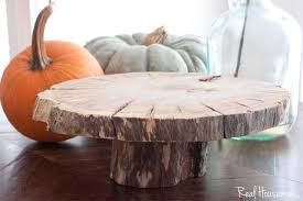 diy wood slice cake serving pedestal