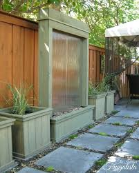 diy outdoor water wall