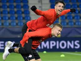 The red bull salzburg star catching europe's eye. Fc Bayern Interesse An Salzburgs Uberflieger Dominik Szoboszlai Verzaubert Europa Fc Bayern