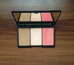 i ve been contouring my cheeks for some time now by using just a simple blush by barry m you ve probably seen me write about it before but i ve been