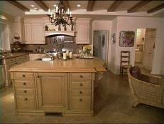 Discover Old World-Style Kitchen