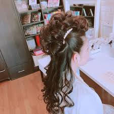 Moriyama Mamiさんのヘアスタイル パーティーヘアモヒカン