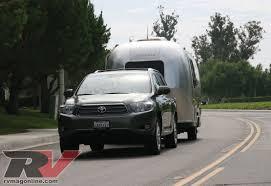 2008 Toyota Highlander Hybrid - Road Test Review - RV Magazine