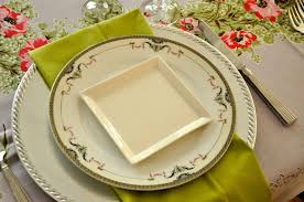 Setting A Dinner Table Table Setting Domestic Dilettante