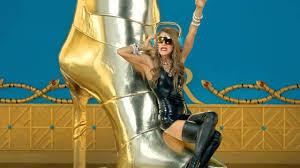 Anna Dello Russo x <b>H&M</b> - <b>Fashion</b> Shower - YouTube
