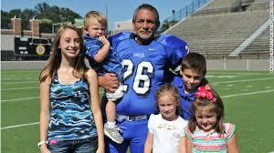 College football kicker is grandpa of 5 - CNN Video