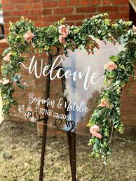 Wedding Welcome Signs Perfect For Greeting Guests Sign Diy Weddings Sarah Types Decor Most Delightful Way Budget Sarahtypes Hand Lettered Media Api Xogrp Images