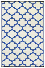 blue and white outdoor rug roselawnlutheran outdoor rug 6 x 9 blue and white