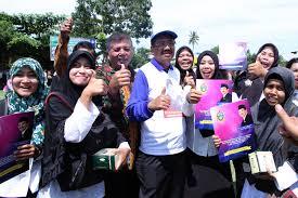 Gaji guru honorer dianggap menjadi salah satu masalah di dunia pendidikan. Honor Guru Non Pns Di Sumut Ini Penjelasan Tengku Erry Portal Berita Pendidikan Medan Sumatera Utara