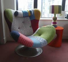comfy chairs for reading. 18. This Cozy Knitted Cover Is Eye-catching \u2014 And There\u0027s A Matching Lampshade. Comfy Chairs For Reading E