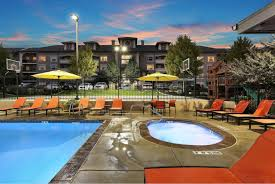 Meadowbrook Station Apartments