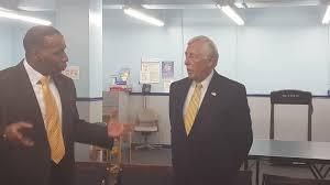 Hoyer tours veterans center in Baltimore - Baltimore Sun