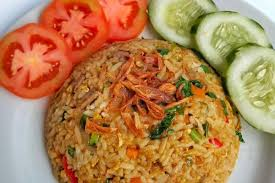 Nasi goreng/fried rice is a popular dish in southeast asia. Resep Nasi Goreng Kampung Malaysia Inspirasi Menu Sarapan