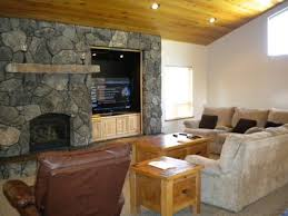 The Chart House South Lake Tahoe 1637 Black Bart Upscale Tahoe Cabin Thats Roomy Enough For The Whole Group Black Bart