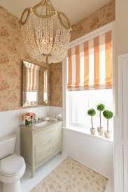 Tapete Teppich Waschtisch Und Kronleuchter Ein Bad Im