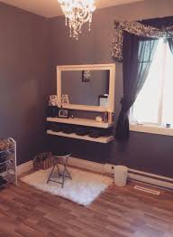 Decor: Penteadeiras improvisadas | Daughters room, Fall flats and Makeup  vanities