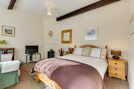 Small Cd Player For Bedroom Lindisfarne Guest House Self Catering