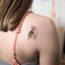 красивые тату для девушек на спине значения эскизы 120 фото