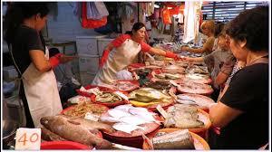 Hong Kong Seafood Market at Yeung Uk ...