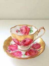 Decorating With Teacups And Saucers Tea cup saucer red roses and gold decoration TEACUPS 33
