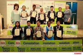 sunway group the sunway oxbridge essay competition  image contain 12 people people smiling people standing