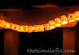 40+ Easy DIY Halloween Decorations - Homemade Do It Yourself Halloween  Decor Ideas