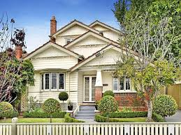 Small Picture californian bungalow house exterior with bay windows hedging