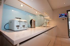 under cabinet lighting in kitchen. Handleless Kitchen With Under Cabinet Lighting In
