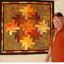 quilt pattern leaves | wall hanging that features an intricate ... & quilt pattern leaves | wall hanging that features an intricate-looking  tessellated pattern .. Autumn QuiltsQuilt Patterns FreeWall ... Adamdwight.com