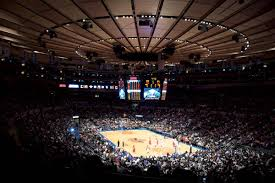 left is msg with 20k capacity which is an indoor arena right is citifield a stadium with 40 45k capacity pic twitter com x3d6yjnhv8
