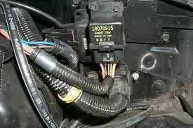 my 85 z28 and eprom project what color is the power wire on a fuel pump at Camaro 88 Iroc Fuel Pump Wiring Diagram
