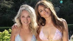 Elizabeth Hurley Twins With Sister Kate Curran In Stunning Bikini Snap