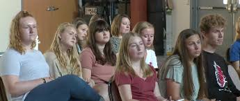 Teens Collage Rachaels First Week Educates Teens College Students On