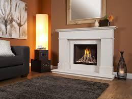 verine celena gas fire with plain black back in limestone avignon surround